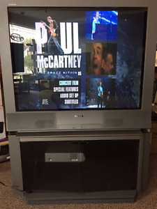 36 Inch CRT TV, Stand included
