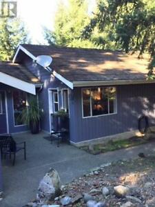 326 Collins Rd Salt Spring Island, British Columbia