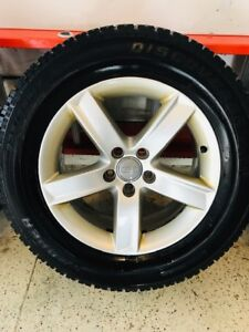 Audi Q5 winter tires Cooper DiscovererM+S on OEM rims 235 65 R17