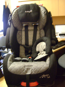 Alpha Omega Elite Deluxe 3 in 1 car seat
