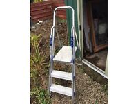 Good quality strong Step ladder