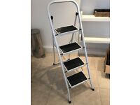 Step ladder (4 steps)