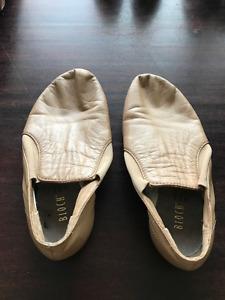 Kid's Bloch Tan Jazz Shoe Size 13.5