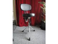 Drum throne/stool with backrest