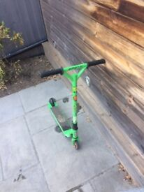 grit stunt scooter green and black