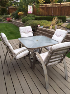 Glass Patio Table/4 Chairs