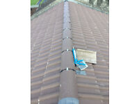 Roofer.Repair of leaks in roofs