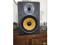 Behringer B1031A 8 inch monitor speakers
