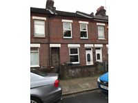 3 bedroom house in Malvern Road, Town Centre
