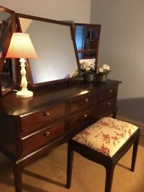 Dressing Table with 6 Drawers, 3 Way Mirrors and Stool