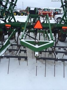 2004 John Deere 980 Cultivator Kitchener / Waterloo Kitchener Area image 2
