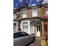 King Size Room To Let in Ilford Rent £500/600 (all bills inclusive+free wifi)