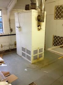 Oil fired warm air heater Powrmatic NCA-0300, single phase industrial use. Annually serviced.
