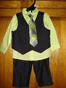 suit for a little Boy 12 Months.