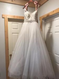 Justin Alexander Wedding Dress size 12 Nevr worn