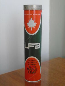 VINTAGE 1970's MAPLE LEAF UFA 'SUMMER' GREASE (14 oz.) TIN CAN