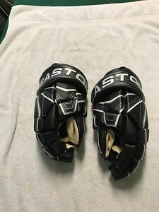 Easton S6 Hockey Gloves