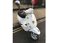 2013 Piaggio Vespa 3Valve LX 125 lx125 in White great condition