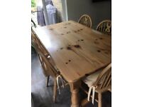 Solid pine table and chairs with 5 chairs
