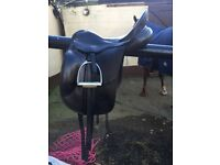 """Albion SLK 17"""" Medium Wide Dressage Saddle"""