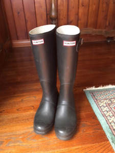 Black Hunter Boots Size 11