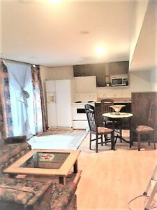 4½-Weekly-Full Kitchen/Bed/Bath/Wi-Fi/Hydro/BBQ/Reservation's
