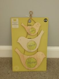 Photo frame - wall hanging - 3 wooden birds
