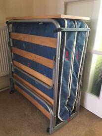 Foldaway Z bed