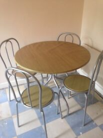 OAKLEAF DINING TABLE AND 6 CHAIRS REDUCED IN PRICE MUST SELL