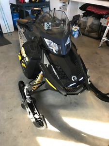 Skidoo MXZ renegade 1200, sell or trade