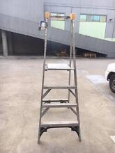 GORILLA - 4 Step platform ladder Brookvale Manly Area Preview