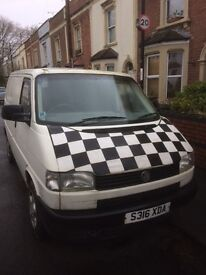 VW Transporter Day Van with fold out Rock'n'Roll Bed