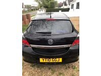 Excellent condition Vauxhall Astra in black, 2010 Plate