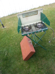 Coleman 2 burner campstove propane with stand case Tested