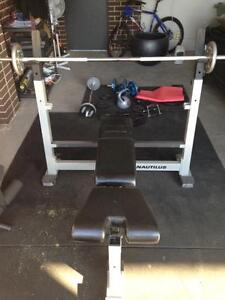NAUTILUS Adjustable Multi-exercise Weight Bench Set Cranbourne North Casey Area Preview