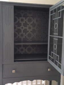 ART DECO INSPIRED SOLID WOOD HUTCH