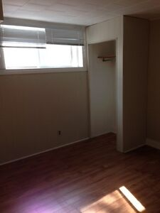 Non smoking 1 Bedroom available Southill Moose Jaw Regina Area image 4