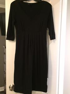Isabella Oliver maternity dress for sale