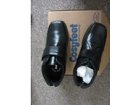 Mens size 10.5 ankle boots