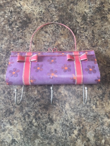 3 item Hanger - Purse