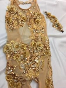 Dance Clothing & Costumes