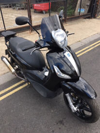 2015 ABS ASR Piaggio Beverly ST 350 Sport Touring in Black + Few Extras