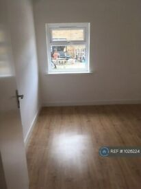 4 bedroom flat in Chilli Works 91A, London, N4 (4 bed) (#1026224)