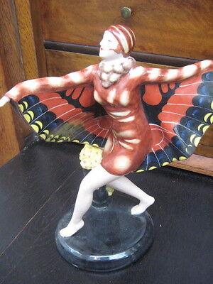 Porzellan Figur/Die tanzende Schmetterlingsfrau/Top Zustand/handbemalt