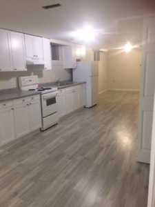 CLARKSON BASEMENT FOR RENT !   1 BEDROOM !