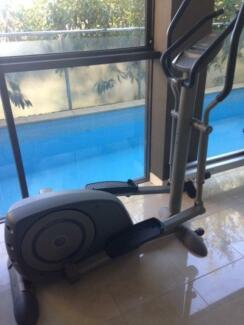 TUNTURI C60 CROSS TRAINER Darling Point Eastern Suburbs Preview