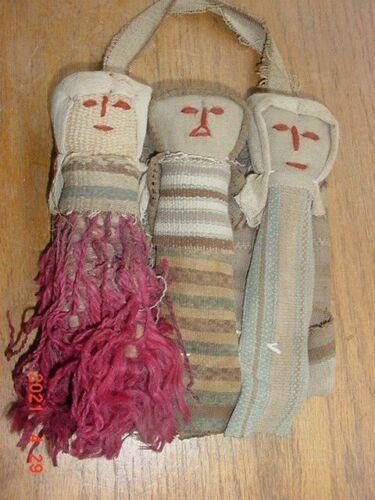 ANCIENT PERUVIAN PRECOLUMBIAN CLOTH DOLLS WITH RARE TEXTILES