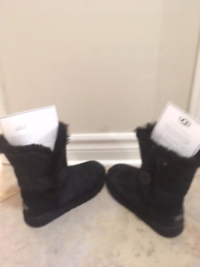 UGGS - BLACK (BAILEY BUTTON) BOOTS FOR WOMEN