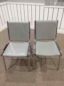*****140 STACKING CHAIRS FOR SALE! GREAT DEAL!!!! ****