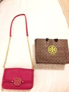 Authentic Tory Burch Bag - Perfect Condition & Barely Used Kitchener / Waterloo Kitchener Area image 1